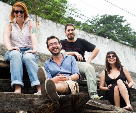 A equipe responsável pela Coro Come:  Liana Rangel, Rodrigo Sant'Anna, Gustavo Calani e Camila Felix / Foto: Anette Alencar