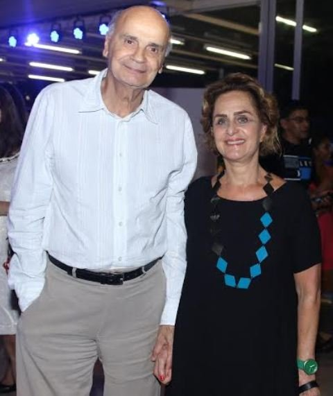 """Drauzio Varella e Regina Braga: autor e atriz da peça """"Agora Eu Vou Ficar Bonita"""" - vem quando pro Rio? / Foto: Thiago Duran (AgNews)"""