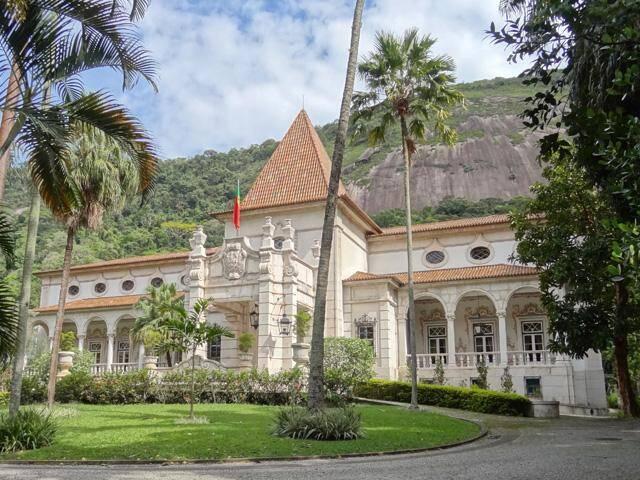 O Palácio São Clemente, residência do cônsul português no Rio: em breve, também endereço do escritório consular / Foto: divulgação