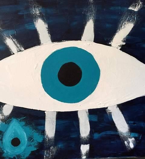 Tela da paisagista e pintora Beatriz de Santiago: olho grego é o tema único da sua exposição / Fotos: divulgação