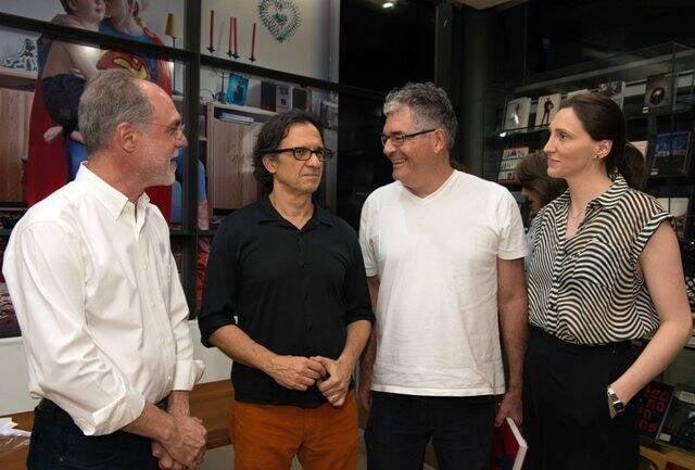 Angelo Venosa, Daniel Senise, Humbertyo Bartuek e Fabíola Ceni