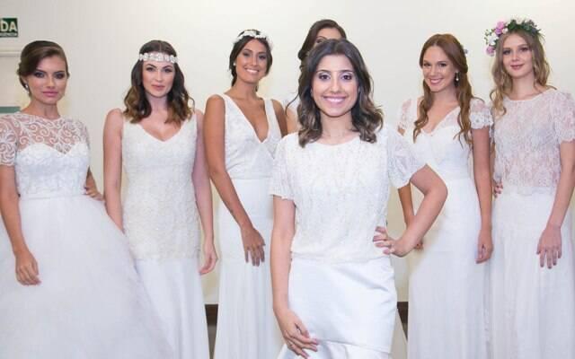 Luiza Polli na frente com as modelos vestidas de noivas/Foto: Miguel Sá
