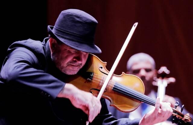 """O violinista Domenico   nasceu em Veneza, como Vivaldi, compositor de """"As Quatro Estações"""" / Foto: divulgação"""