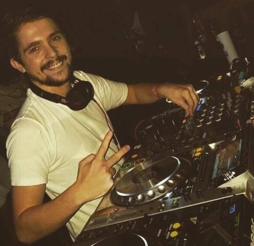 Radrigo Rique: o DJ Reezer, crescendo a toda na profissão / Foto: divulgação
