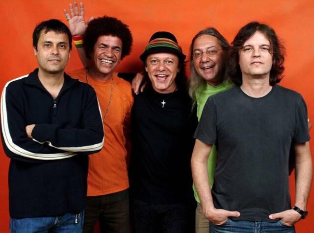 Mu, Ary, Armandinho, Gustavo e Dadi: a formação original de A Cor do Som, de volta em show, nesta quinta-feira (07/07) / Foto: Felipe Oliveira