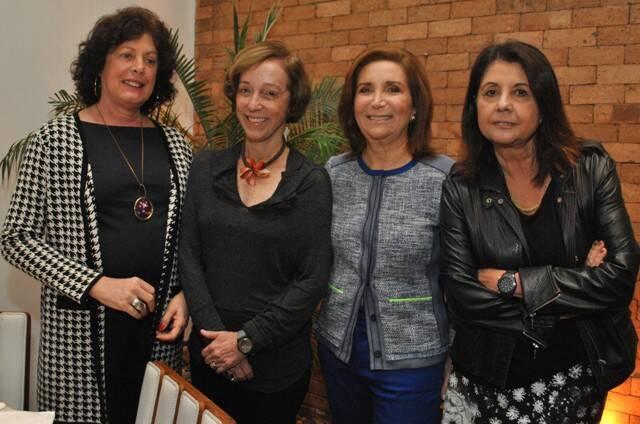 No alto, Cristiana Beltrão e Paulo Roberto Direito; nesta foto, Lygia Marina, Celina Faria, Ruth Niskier e Alice Tapajós, no alto; acima,  / Fotos: Armando Araújo