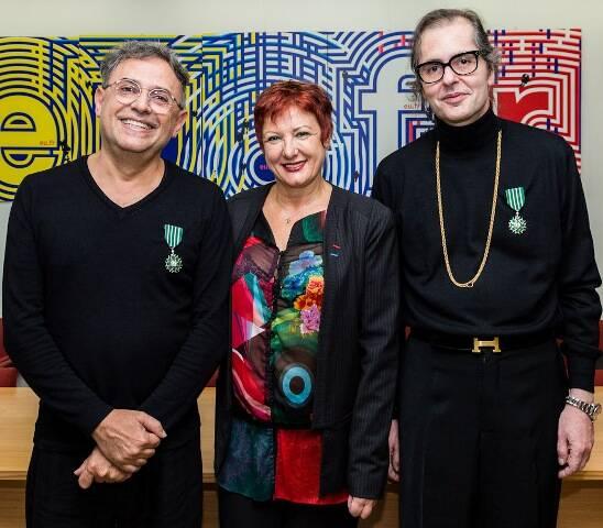 Paulo Borges, a cônsul adjunta da França em São Paulo, Marie Christine Lang, e Charles Cosac / Foto: Massimo Failutti