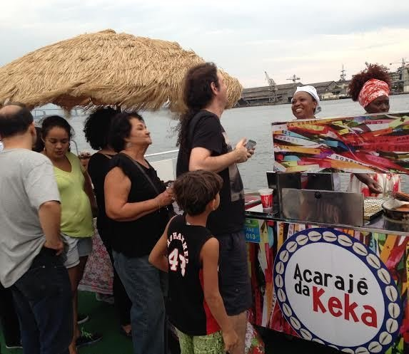 Keka: acarajé da baiana, na Praça Mauá, é sucesso absoluto nestes Jogos Rio 2016 / Fotos: divulgação