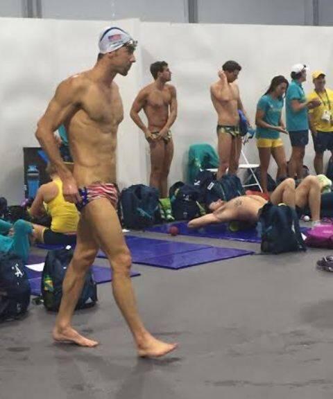 """Michael Phelps, o nadador americano é """"maior corpo das Olimpíadas"""" / Foto; amiga da coluna"""