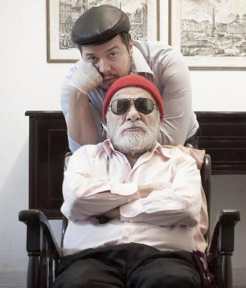 """Elcio Nogueira e Renato Borghi, na cadeira de rodas, como os personagens de """"Fim de Jogo"""": curta temporada no foyer do IED / Foto: divulgação"""