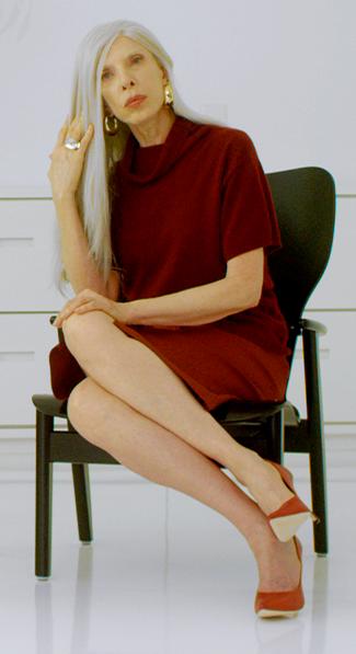 """Marília Gabriela com o visual do seu personagem no curta de Theo Cochrane, """"Para Salvar Beth"""" / Foto: divulgação"""