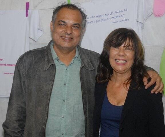 A escritora Mirian Goldenberg com Cristina Oldemburg, no alto, e, acima, com Claufe Rodrigues / Fotos: Marco Rodrigues