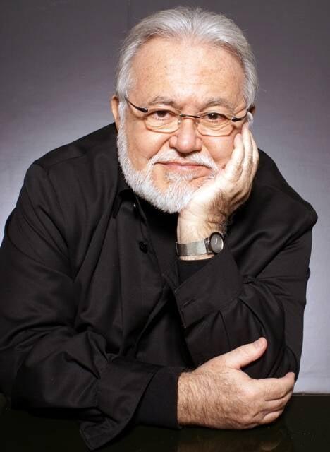 Ricardo Amaral: coquetel reforçado para acompanhar o lançamento do seu livro mais histórico sobre a gastronomia nacional / Foto: divulgação