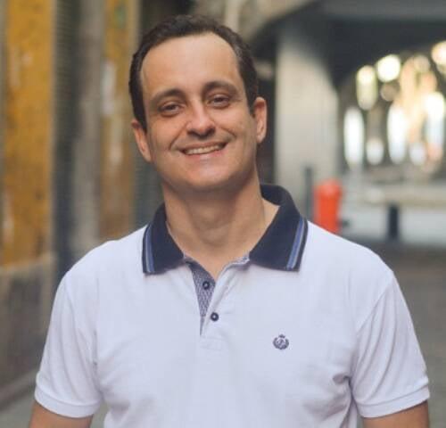 Rodrigo Faour: pesquisador está empenhado em tornar mais conhecida a música produzida no Brasil nas décadas de 1930 até  / Foto: divulgação