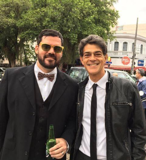 """Leo Braile e Du Moscovis na Praça Santos Dumont, nesta tarde de sábado: eles fizeram parte do """"The Distinguished Gentleman's Ride"""" / Foto: Lu Lacerda"""