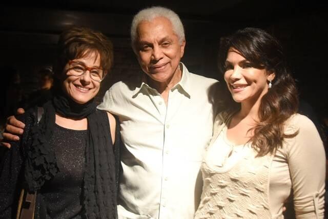 No alto, Beatriz Rabello e Paulinho da Viola; acima, Soraia Ravenle com pai e filha / Fotos: divulgação