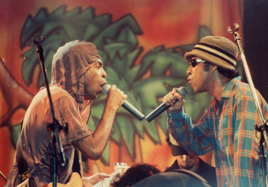 Gilberto Gil e Chico Science no ABril Pro Rock, em 1996 / Foto: Sergio Altenkiirch