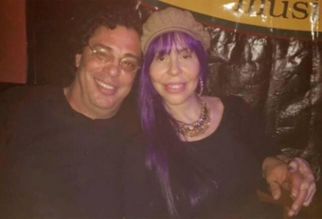 O comentarista esportivo e ex-jogador Walter Casagrande e a cantora Baby do Brasil; namorados há uma semana / Foto: reprodução