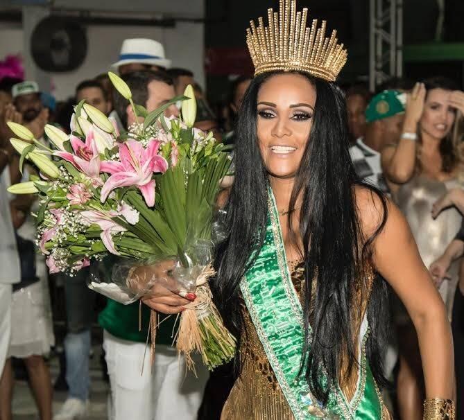 Carmen Mouro: nova Rainha de Bateria da Mocidade Independente, ocupando o posto que foi de Claudia Leitte / Foto: divulgação