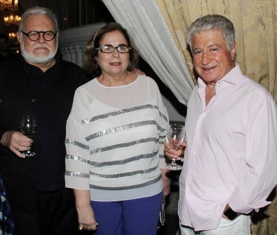 Dom Orani Tempesta e Gisella Amaral, no alto; acima, Ricardo Amaral, Hildegard Angel e Dino Trappetti / Fotos: divulgação