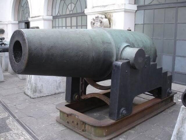 O canhão El Cristiano, reivindicado pelos paraguaios como troféu de guerra, foi usado na Batalha do Curapaiti, onde morreram mais de 9 mil soldados brasileiros, argentinos e uruguaios / Foto: reprodução