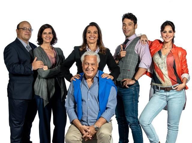 Da esquerda para a direita, Fabio Espósito, Ilana Kaplan, Mara Carvalho, Antônio Fagundes, Bruno Fagundes e Alexandra Martins / Foto: