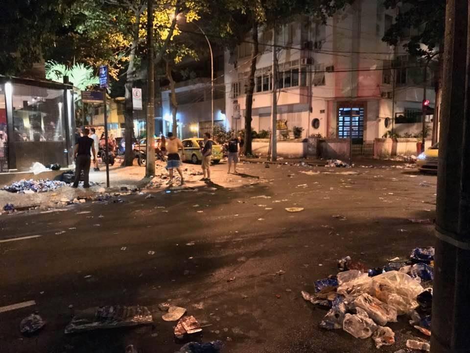 Leblon: um exemplo de como ficaram as ruas no carnaval / Fotos: reprodução Facebook