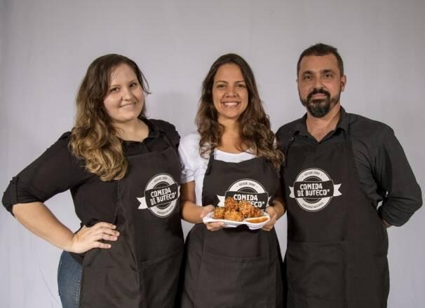 Ana Pott, Vanessa Marzano e William Ramos, sócios da Noo Cachaçaria, um dos bares estreantes do Comida di Buteco deste ano / Foto: divulgação