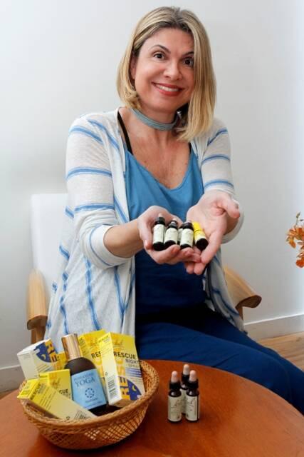 Marcia Rissato: agora com a Escola Monas a terapeuta floral vai administrar cursos onlines de aromaterapia, florais, yoga e meditação / Foto: Vera Donato