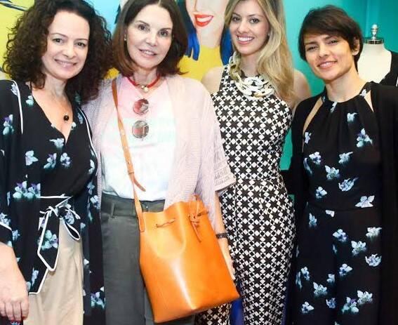 Andrea Marques, Patricia Mayer, Michelle Lima e Patricia Marques: todas comemorando a estilista em Ipanema / Foto: Joselito Siqueira