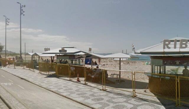 legenda: Projeto de lei aprova música ao vivo nos quiosques do Leme ao Leblon e no Jardim Oceânico, na Barra / Foto: reprodução do Google Maps