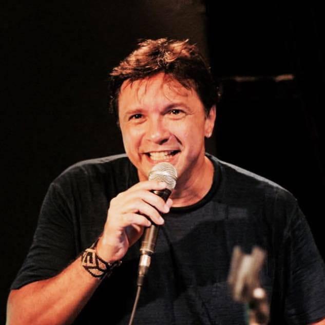 Marcos Napoleão: show no bar Vinil Rio no Dia dos Namorados - cantor tem fama de é quente para os romances / Foto: Adonay Pereira