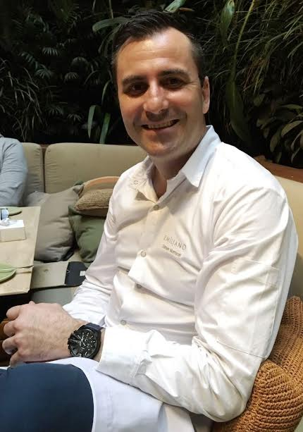 Damien Montecer, chef do Hotel Emiliano, na Avenida Atlântica: pimenta e croissant vêm fazendo sucesso