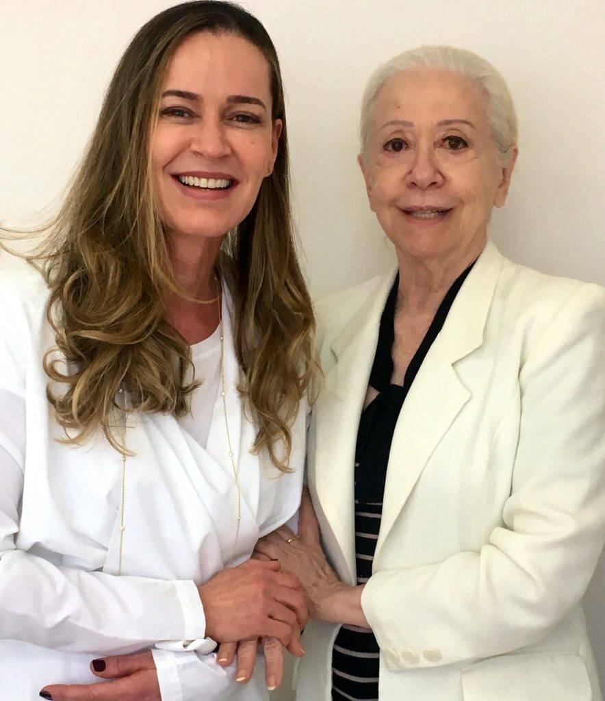 Karla Dias e Fernanda Montenegro: atriz é a mais nova cliente da dentista, em Ipanema / Foto: divulgação