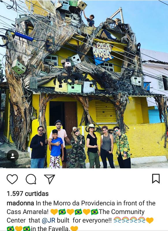 Madonna: cantora passeia pelo Morro da Providência /Foto: Reprodução Instagram