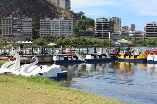 Lagoa: o deque do Parque dos Pedalinhos está disponível para adoção /Foto: Divulgação