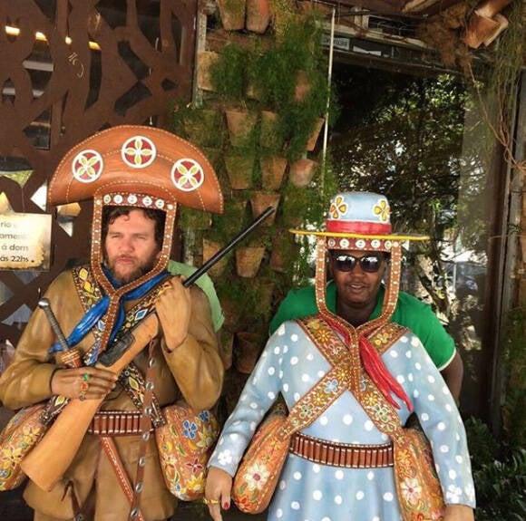Otto e Marcos Axé: cantor posta foto ao lado do percussionista e faz homenagem /Foto: Reprodução Instagram