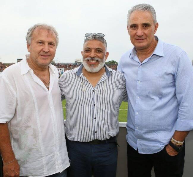 Zico, Regino Barros e Tite: técnico da Seleção Brasileira participou de jogo beneficente /Foto: Gianne Carvalho