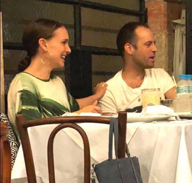 Natalie Portman e o marido, Benjamin Milepied, em jantar no Bar Lagoa /Foto: Reprodução