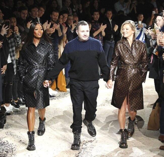 Neymar assiste ao desfile da coleção masculina da Louis Vuitton em Paris. Ao lado, David Beckham. Acima, o estilista Kim Jones com as modelos Naomi Campbell e Kate Moss /Fotos: AP
