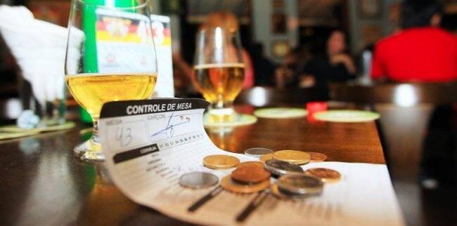 Agora é lei: comércio não pode cobrar por perda de comanda /Foto: Marco Matielo/Reprodução