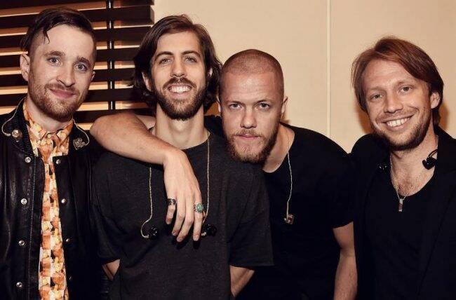 Os meninos do Imagine Dragons: Dan Platzman, Daniel Wayne Sermon, o vocalista Dan Reynolds e Ben McKee /Foto: Reprodução