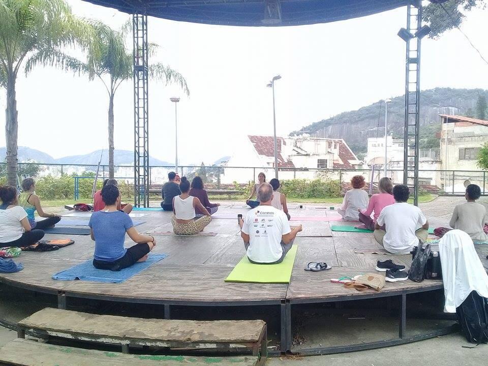 ioga-parque-das-ruinas